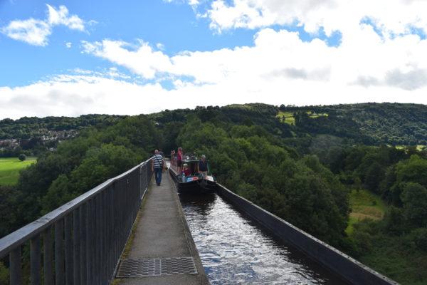 ポントカサステ水路橋と運河の画像 p1_25